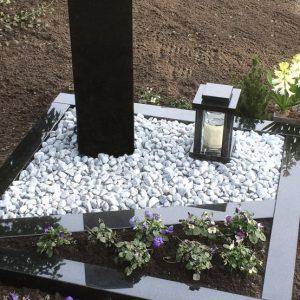 Zwart graniet Urnenmonument