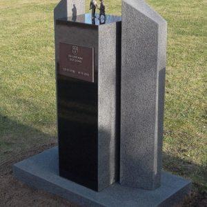 Zwart graniet gebouchardeerd
